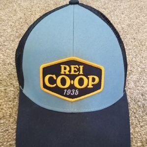 REI Co-Op 1938 Mesh Trucker Snap back Cap Hat